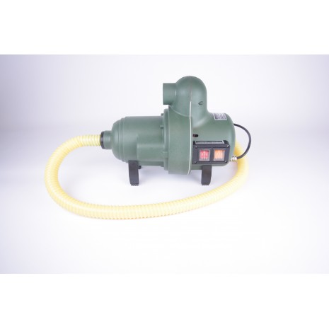 Bravo 2000/120 volt High Pressure pump HEN002144  (Optional 6 metre extended hose available)