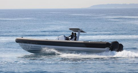 Extreme 12 metre carbon fibre RIB with Henshaw tubes
